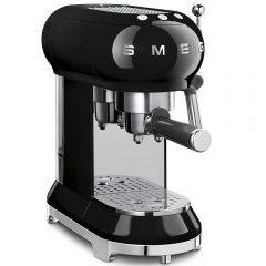 Smeg ECF01BLUK freestanding grouind coffee machine - black